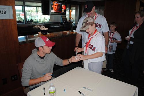Boston9 Lowrie Signing.JPG